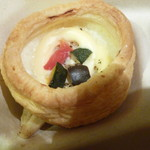 スカイマートビードル - 彩り野菜のチーズタルト
