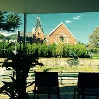 ぱんだかふぇ - ガラス張りから見える文学館