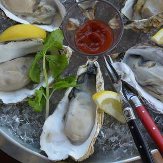 石巻は万石浦で生産される牡蠣《新昌》。
