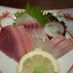 居酒屋 城月 - 料理写真:刺身の三点盛り