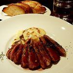 Sumiyakiandowainrizaburou - 小鴨のロースト 赤ワインソース ジャガイモのドフィノア添え