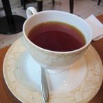 カフェ・オハナ - ケーキセットの紅茶