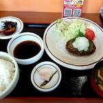 くおり亭 - 料理写真:ハンバーグ定食