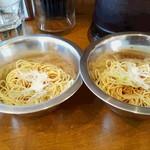 UMAMI SOUP Noodles 虹ソラ - 味付替玉ハーフ2つ(ネギ・背脂:2016年11月2日)
