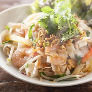 アジアを感じる・・単品お料理も充実♪