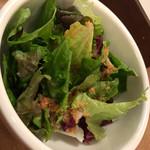 IDOL - パスタとsetのサラダ