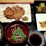 わらじや - 鶏もも炭火焼定食(九州二倍酢 柚子こしょう)