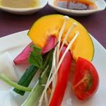 RAYON - 新鮮野菜の取り合わせ
