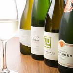 Sommelier Kitchen yuB yum - 料理に合うワインをソムリエがお選びいたします。