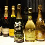 BAR LOUNGE 1818 - シャンパン