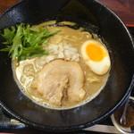麺屋 大申 池袋店 - 濃厚煮干ラーメン(山椒つき)