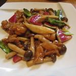 58317734 - あべ鶏と季節の野菜炒め