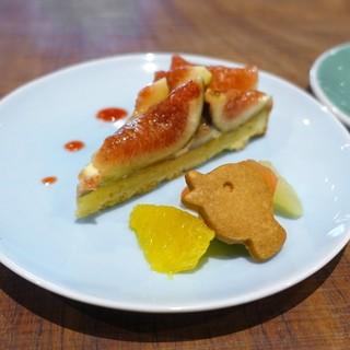 Unir - 料理写真:イチジクのタルト