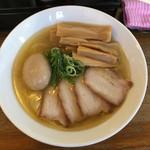 吟醸煮干 灯花紅猿 - 特製淡麗鶏塩そば+メンマ