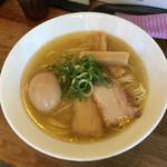 吟醸煮干 灯花紅猿 - 淡麗鶏塩そば+半熟味玉