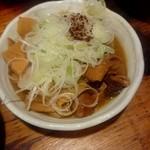 亀戸ホルモン - 名物 煮込み:310円