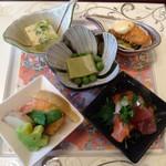 伊くま - [2015年5月]京のおばんざいランチ あさお豆腐、真鯛のフライ、うすい豆腐、海鮮あまだれ、季節の炊き合わせ