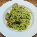 ペコラ - あさりとえびの小松菜ジェノベーゼソース