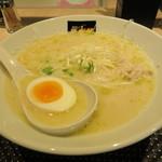 麺戦記ツカサ - チーズ鶏白湯らーめん