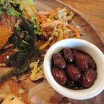 浜風食堂 - サラダと前菜2種