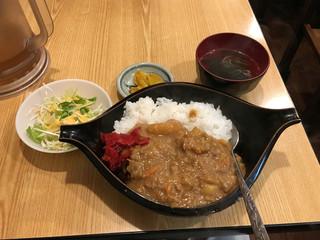 路地裏 - 【2016年10月】牛スジカレー定食700円