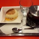 58340035 - A ホットサンドセット(ベーコンエッグサンド+紅茶チョイス)450円