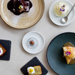 METoA Cafe & Kitchen - HOME MADE SWEETS