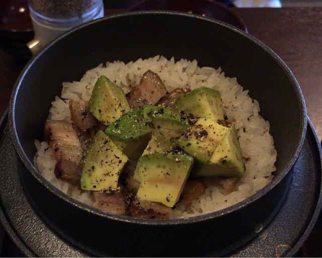 お料理 結い - アボカドベーコン釜飯