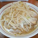 58341089 - ガツ旨ラーメン 麺少なめ+野菜マシ
