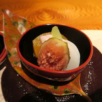 本城 - 料理写真:柿、蕪、無花果 豆腐・胡桃白和え