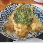 白井商店幸邦丸 - 舌ヒラメ丼 大ぶりのから揚げが3枚