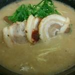 津津 - 料理写真:白玉超こってりMAX756円(税込)