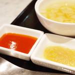 唐菜房 大元 - 湯とソース