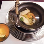 伊くま - 松茸の土瓶蒸し+980円