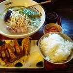 天洋 - ラーメン&餃子セット
