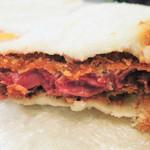 バッファロー29 - フィレカツの方がやわらかいイメージだけど、 食べてみると、ハラミカツもすごくやわらかくて美味しかったよ。