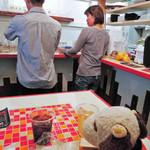 バッファロー29 - 『焼肉モモンジ』の炙り肉寿司と 『バッファロー29』の牛カツサンドを頂いて、 お腹がいっぱいになったボキら。 アベテンバル3軒目は夜の部に行くことにしたよ。