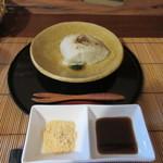 十割蕎麦 さ乃 - デザートも蕎麦を使った美味しい和風デザート、きな粉か砂糖醤といった好みの味付でいただきます。