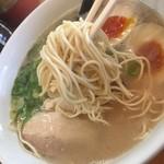 博多ラーメンひなた - 細麺!