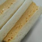 ローソン - ふんわりたまご焼きサンド BOX:食べやすいサイズ