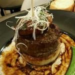 58370737 - 「ロッシーニ」牛フィレ肉とフォアグラのソテー:1,680円