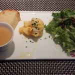 58377341 - 前菜 フォカッチャ トウモロコシのポタージュ ポテトサラダ グリーンサラダ(16-11)
