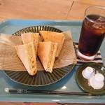 ロム カフェ - ホットサンド&ドリンクセット(アイスコーヒー)