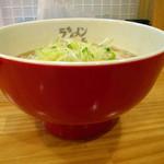 海鳴食堂 - 魚介とんこつ700円