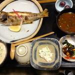 麦屋魚仙坊 - 麦とろ季節焼魚(クロムツ)
