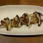 麦屋魚仙坊 - 焼き牡蠣(クシ)