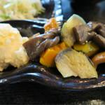 和旬惣菜 らぱす - お惣菜盛り放題です