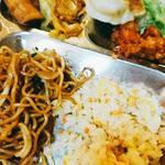 田舎菜館 - 焼きそば、炒飯、焼き餃子、回鍋肉、唐揚げ、サラダ、春巻etc……