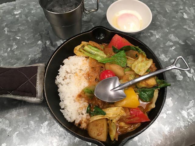 野菜を食べるカレーcamp エキマルシェ大阪店