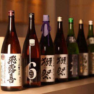 全国各地から取り寄せた銘酒の数々を堪能
